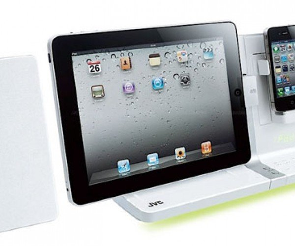 JVC Audio System Docks iPhone and iPad at the Same Time