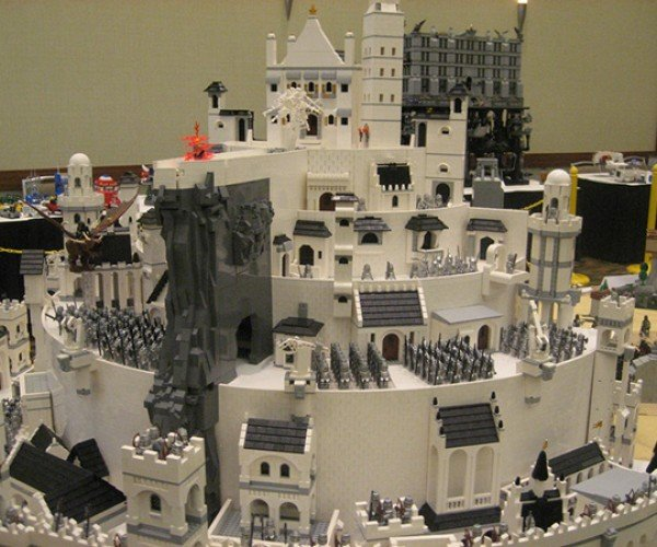 lego middle-earth at brickworld 2011 by the fellowship of the brick 11