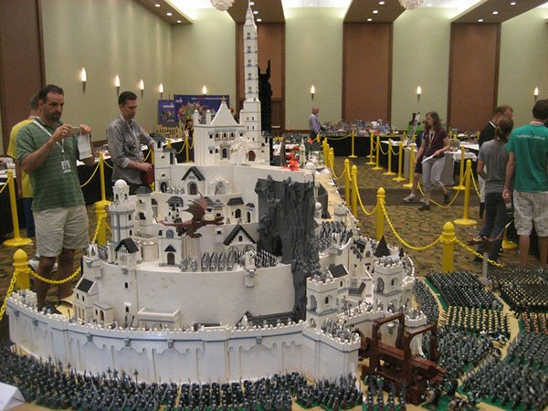 lego middle-earth at brickworld 2011 by the fellowship of the brick