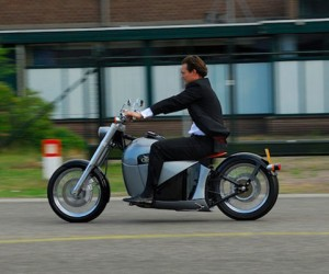 Orphiro Electric Motorcycle is a Cruiser, not a Racer