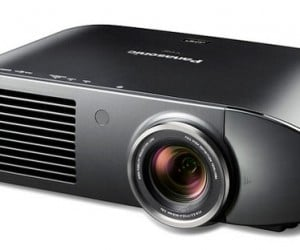 Panasonic PT-AE7000U Brings Full 1080p HD and 3D to the Home Theater
