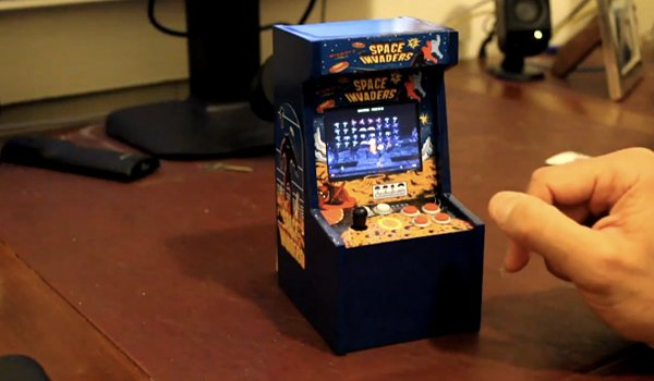 space invaders miniature arcade cabinet by vcoleiro1