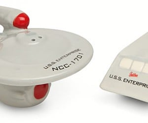 Star Trek Enterprise & Shuttle Salt & Pepper Shakers: Salt Me Up, Scotty!