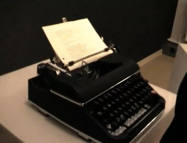stype skype typewriter by daniel huhndt