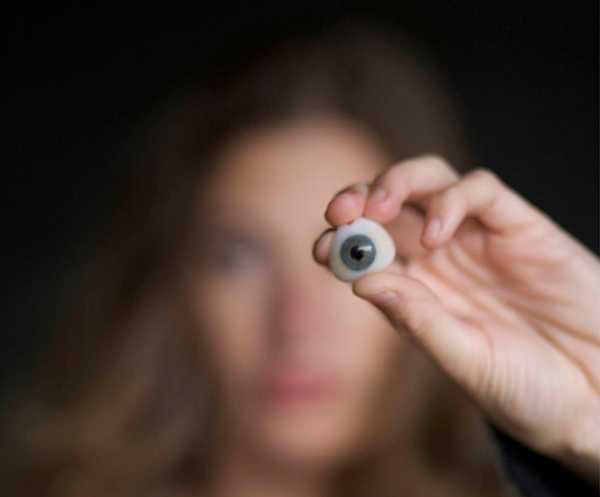 tanya marie vlach digital camera prosthetic eye
