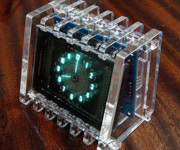 VFD Round Clock Tells Time with a Glow