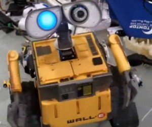 Wall-E Toy Hacked into a Real Robot