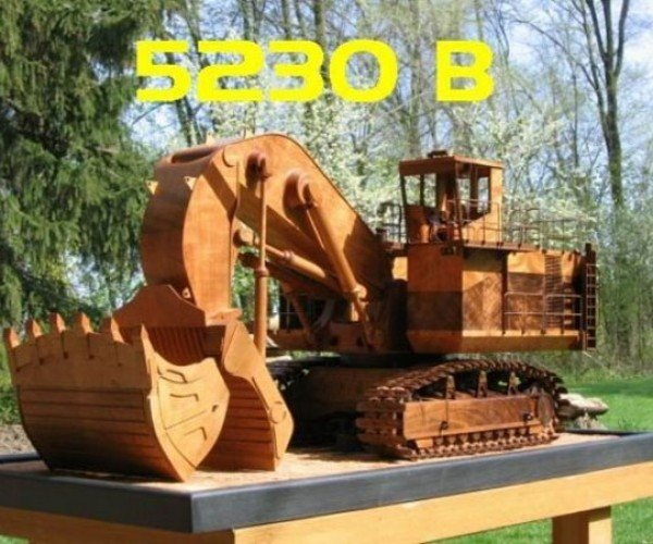Awesomely Detailed Wooden Replica Caterpillar Excavator: Dig It?