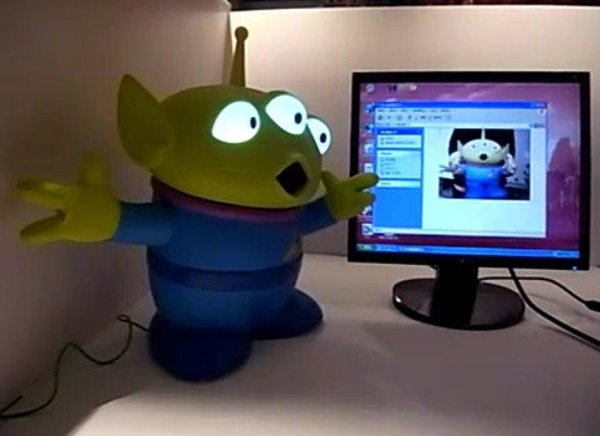 Toy Story Giant Alien Usb Webcam Will Take Over Your