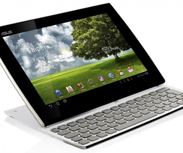 ASUS Eee Pad Slider Tablet Grows a Keyboard. Say, Isn't that Called a Netbook?