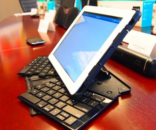 Logitech Fold-Up Keyboard: Transforming Your iPad 2 in Style