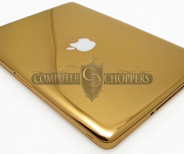 24 karat gold macbook pro by computer choppers 3