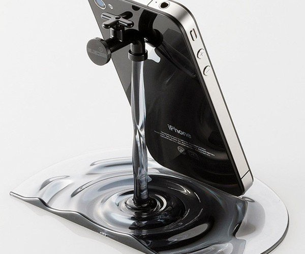 Elecom Faucet iPad/iPhone Stand: Go with the Flow