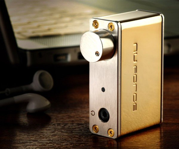 NuForce uDAC-2 SGE Digital Audio Converter Goes for the Gold
