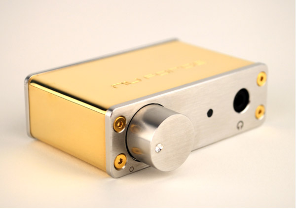 gold_plated_nuforce_dac_1