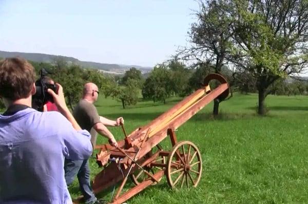 joerg_sprave_slingshot_cannon