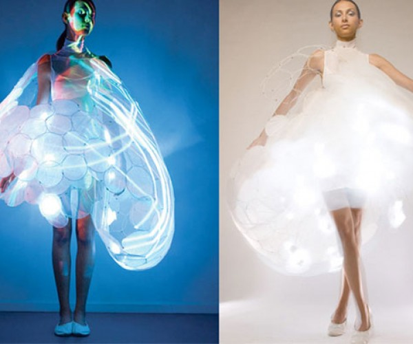 Mood Dress Changes Colors with Body Temperature