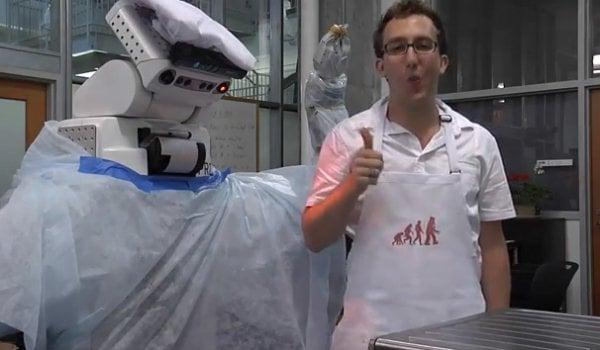 pr2 robot cooks