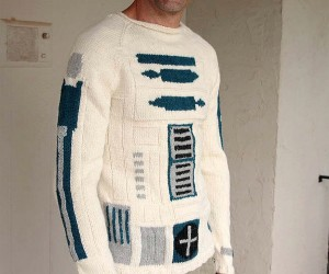 R2-D2 Sweater: The Threads You Are Looking for