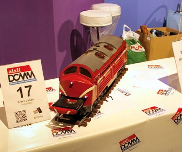 Train Casemod is Off the Rails