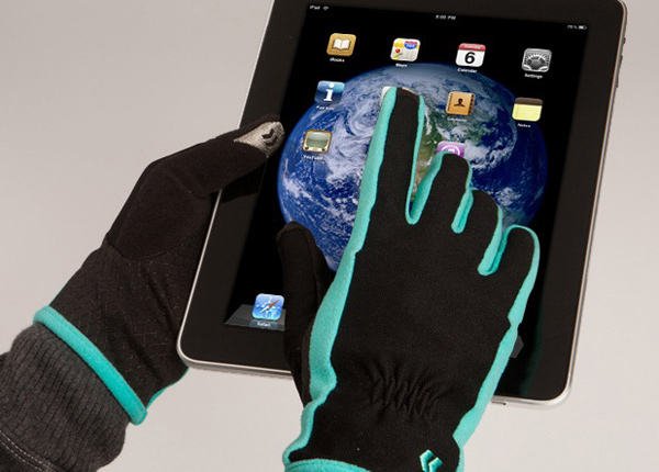isotoner smartouch gloves iphone ipad idevice touchscreen winter