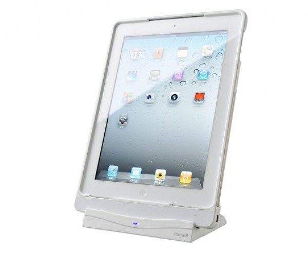 Maxell Air Voltage iPad 2 Wireless Charger: No Wires, But Still a Dock