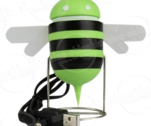 Android Mascot Mates With Bee and Makes Speaker