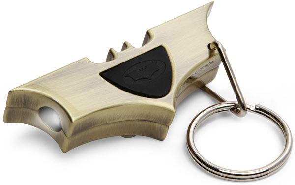 batman bat signal keychain from thinkgeek