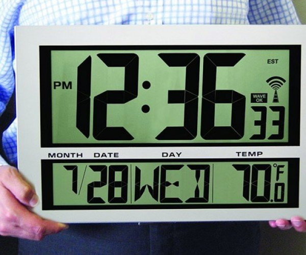 Giant Digital Atomic Wall Clock and Thermometer: You Won't Have Any Trouble Reading This