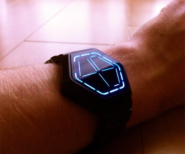 Tokyoflash Kisai Night Vision Watch: Surprisingly Easy to Read