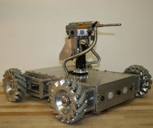 Mechatronic Robot Tank Built by Father-Daughter Team Looks Bad-Ass