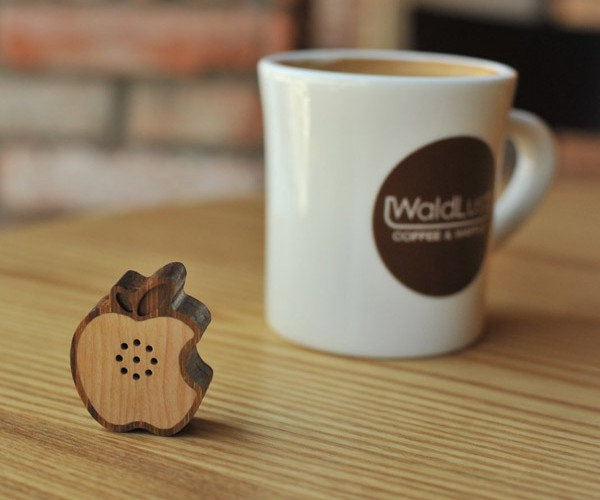 Apple Logo Makes Appearance as Tiny Wooden Speaker