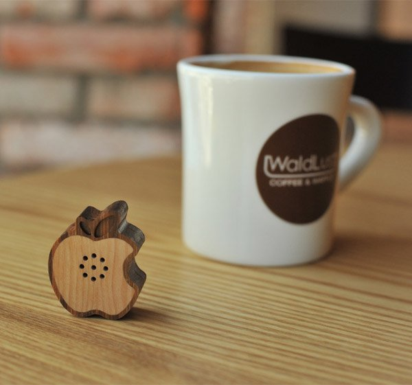 mini apple logo wood speaker