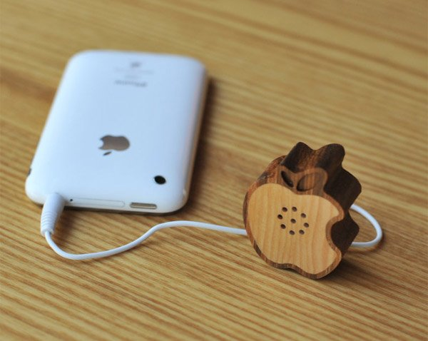 mini apple logo wood speaker 2