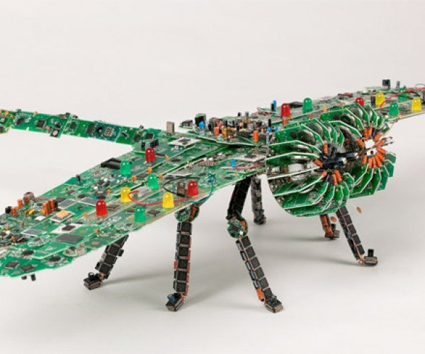 Giant Circuit Board Dragonfly: Be Glad This Thing Doesn't Fly