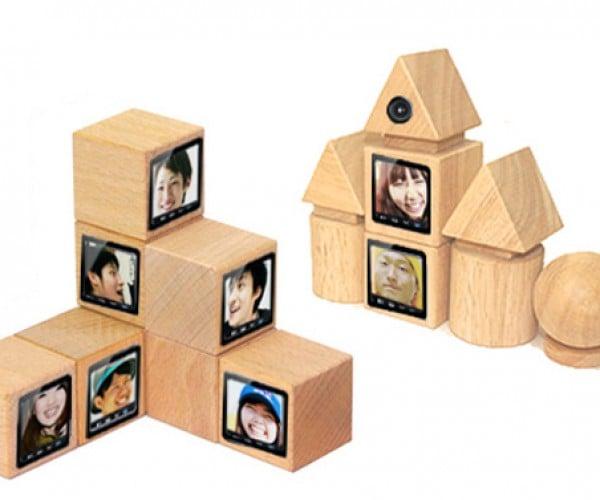 Tomodachi Blocks: for Brady Bunch Convos, Impromptu Hollywood Squares Games