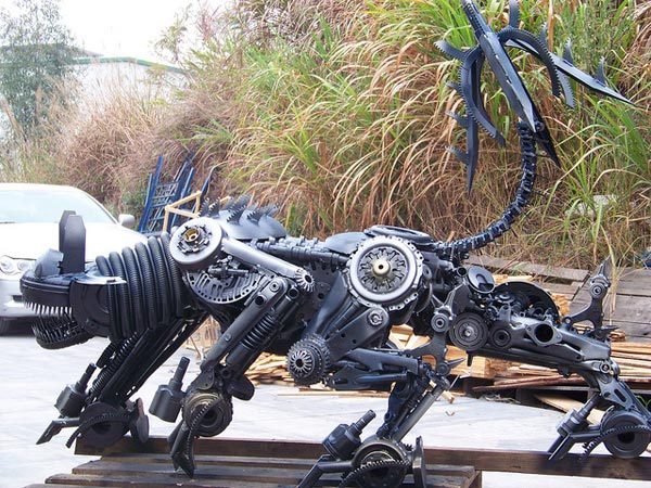 alan yang transformers ravage steel china