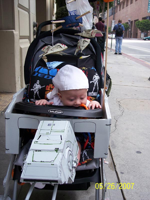 AT-AT Walker Stroller: For Babies Born on Hoth - Technabob