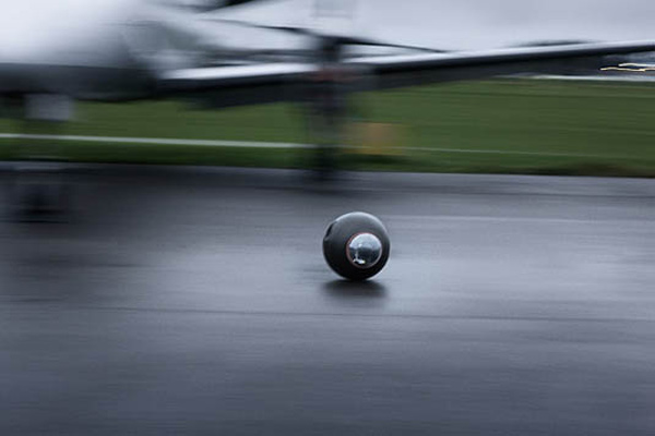 groundbot surveillance royundus swedish robot mobile