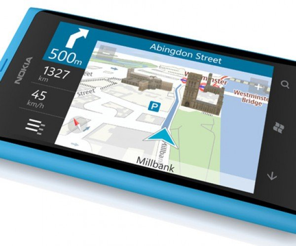 Nokia Lumia 800: The Windows iPhone