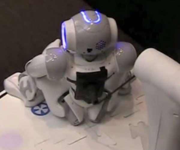 Nao Robots Can Now Charge in Their Nest, Take Imaginary Dumps