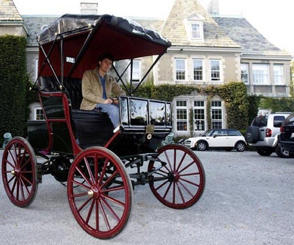 115 Year Old Electric Car Matches the Mileage of a Chevy Volt