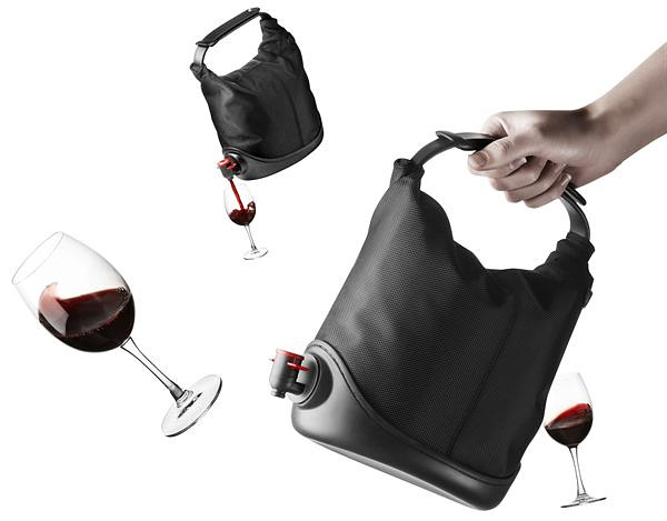 Baggy Winecoat 1