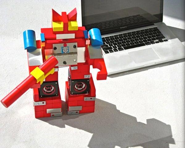 blaster_transformer_speaker_2