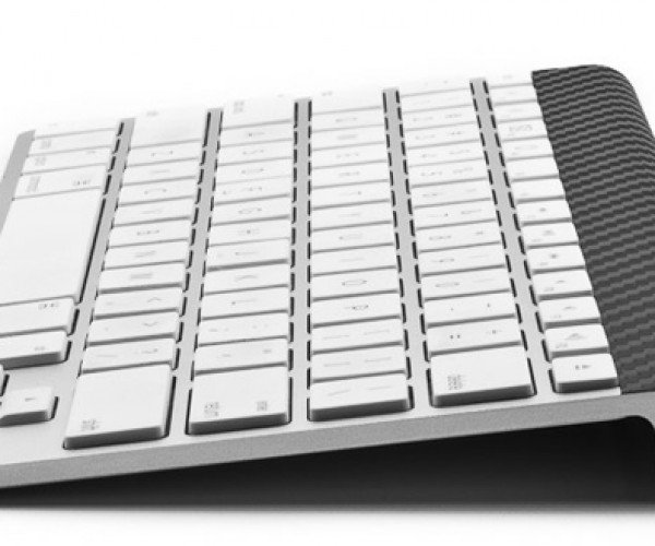 Carbon Fiber Magic Skins Make Your Apple Gadgets Stand Out from the Crowd