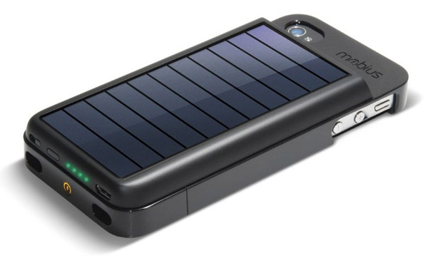 eton_mobius_iphone_solar_charger_1