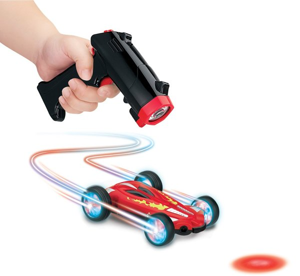 lazer stunt chaser by thinkway toys