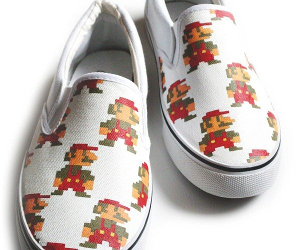 mario handpainted shoes by inkheart 2