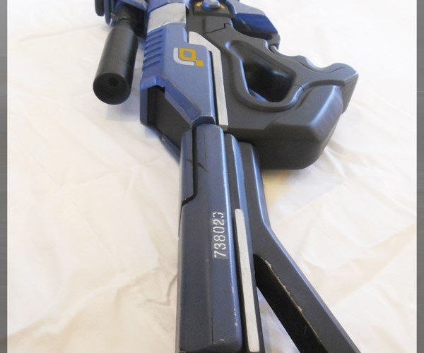Awesome Mass Effect 2 M-29 Incisor Rifle Prop Surfaces, Garrus Approves