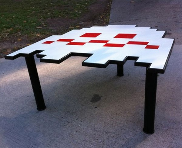 pac man ghost table
